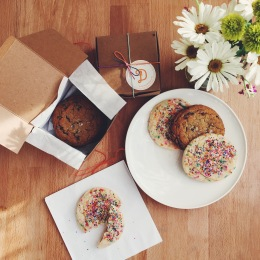 Funfetti cookies have always been the key to my heart. 💝 Only in SF: cookies on-demand.
